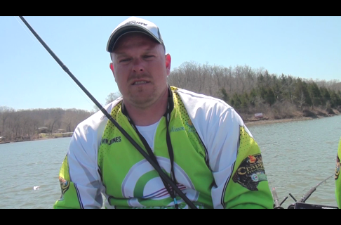 Spider Rigging Set Up For Crappie With Pro Angler Kevin Jones