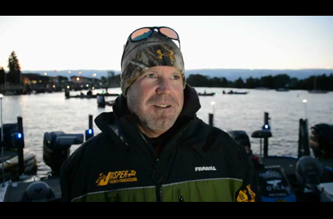 2014 Bassmaster AOY Day One With Chad Morgenthaler