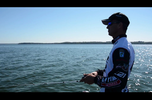 Cover More Water With a Swing-Head Football Jig