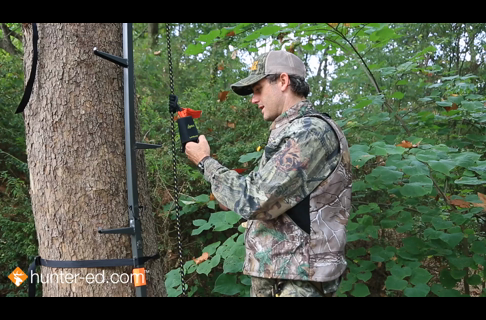Tree Stand Safety – Hunters Stay Connected